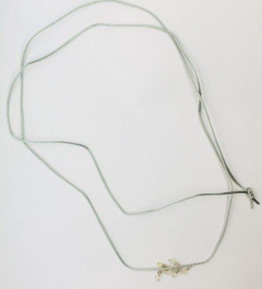 Długi naszyjnik z opalami (jasne, etiopskie, welo), ludzie tęczy, żywioł powietrza, IMG_5309