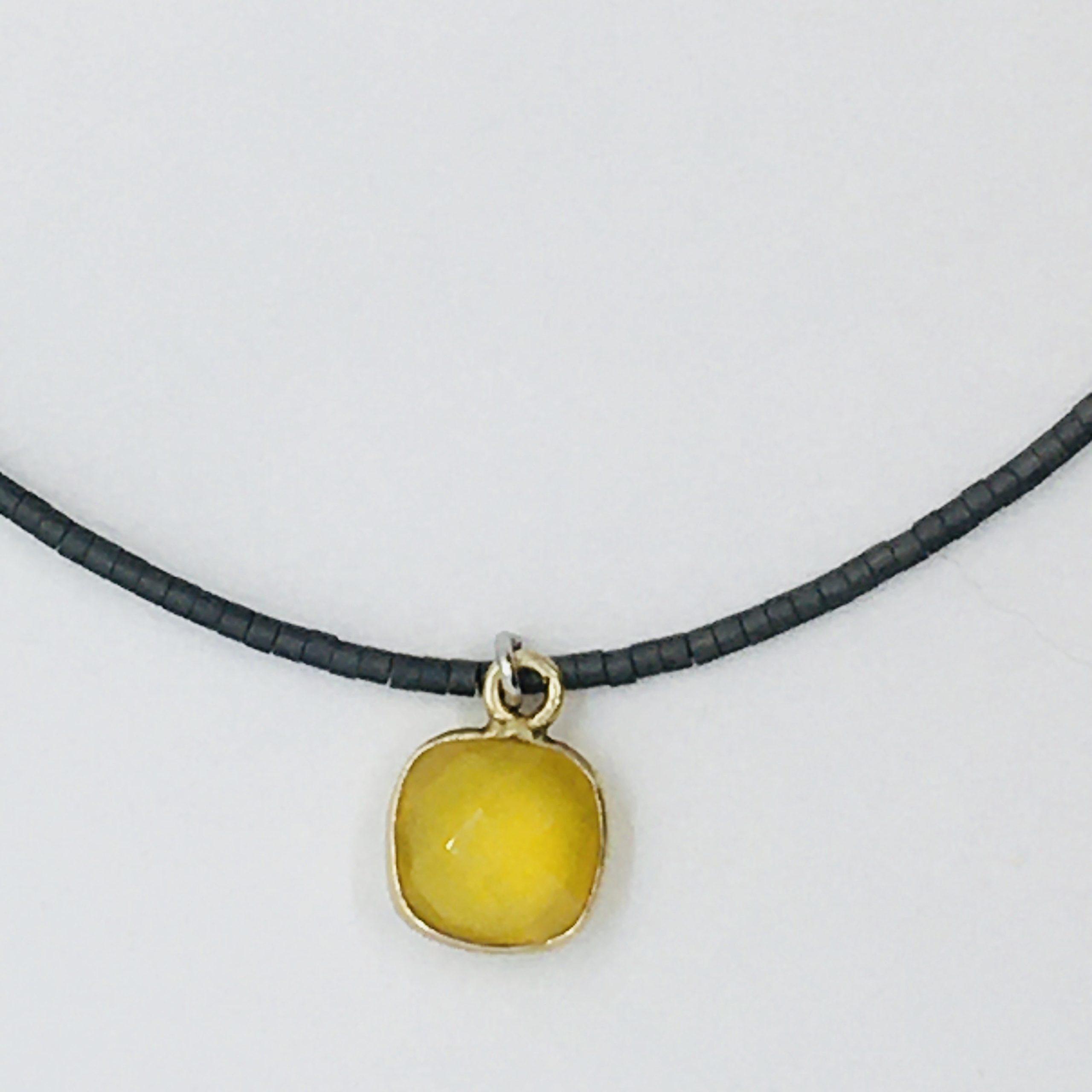 Krótki naszyjnik z hematytów z żółtym chalcedonem, ludzie miasta, żywioł metalu, IMG_5422